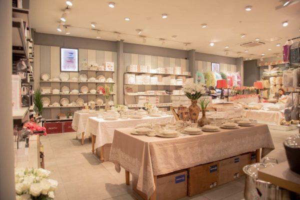 Мебель для интерьерных магазинов на заказ в Бишкеке